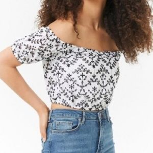 Forever 21 off shoulder crop top Size Medium